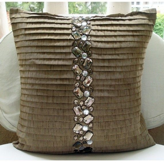 http://www.beadshop.com.br/?utm_source=pinterestutm_medium=pintpartner=pin13 almofada com strass