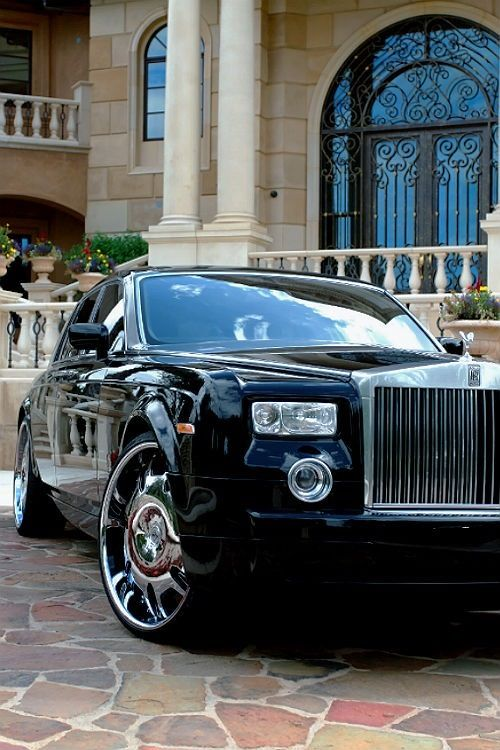 http://ResponseGuy.com <-Check it out for more marketing tips and tricks One of the finest cars in the world, in my opinion I like that!