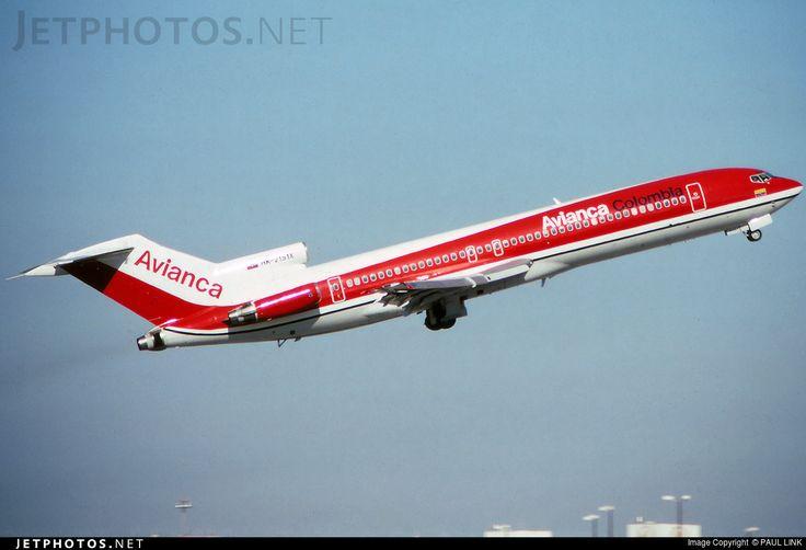 Avianca Boeing 727-2A1(Adv) HK-2151X c/n 21343 Miami Int'l November 25, 1990 Photo by: Paul Link