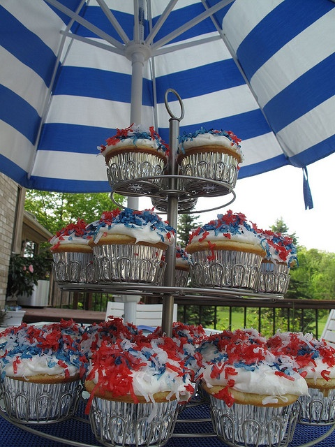 barefoot contessa july 4th cake