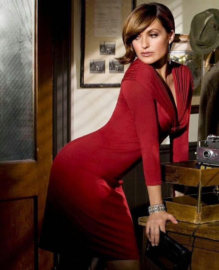 Mariska Hargitay - oh my jebus