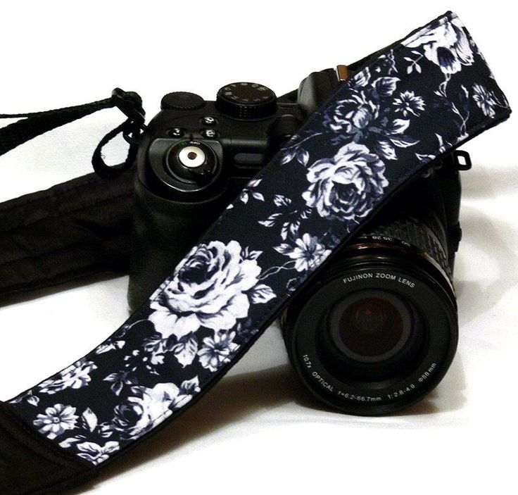 Black and White Roses Camera Strap. Canon Nikon Camera Strap. Photo Camera Accessories by LiVeCameraStraps on Etsy https://www.etsy.com/listing/226586859/black-and-white-roses-camera-strap-canon