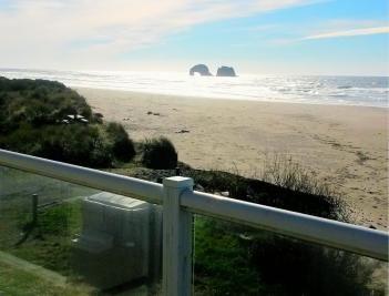 Rockaway Beach Luxury Beach Villa - sleeps 10 - Vacasa Vacation Rentals