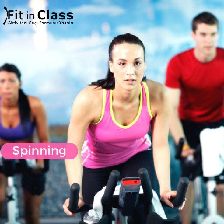 Enerjisi yüksek grup derslerinden olan Spinning, hem form tutmak, hem performansınızı artırmak hem de kalp damar sağlığı açısından faydalıdır. Spinning kalbinizi güçlendirir ve egzersiz performansınızı artırır. Kilo verdirmekle kalmaz, bedenin alt bölümünün, bacakların ve kalçanın şekillenmesine yardımcı olur.  Spinning grup dersleri fitinclass.com'da!