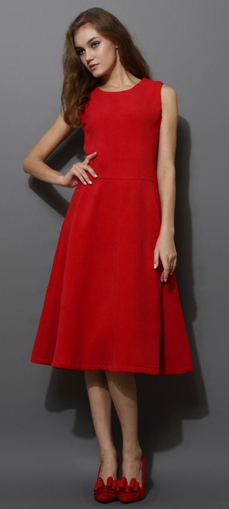 MIDI Red Dress Perfect For The Christmas Party.