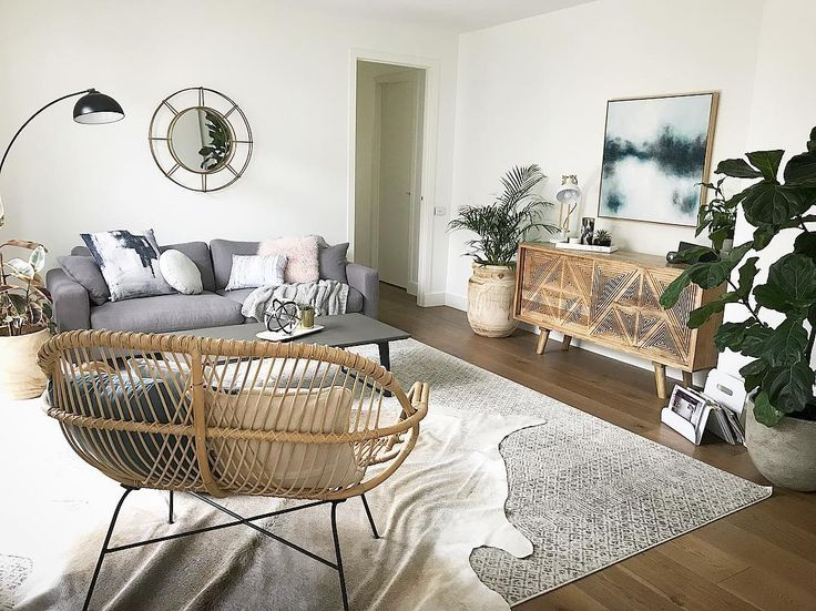 Love this living room so much 💕💕. Our beautiful Dacca Transitional Grey Beige Designer Rug is featured (in size 400 x 300cm) with a cowhide layered on top! Stunning! https://buff.ly/2opVVHx?utm_content=buffer225c1&utm_medium=social&utm_source=pinterest.com&utm_campaign=buffer #Repost  https://buff.ly/2oozd2u?utm_content=buffer0f740&utm_medium=social&utm_source=pinterest.com&utm_campaign=buffer