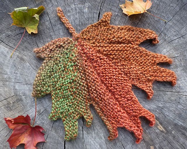 Knitted Leaf Pattern : Decorative knitted maple Leaf pattern by Svetlana Gordon Ravelry, Patterns ...
