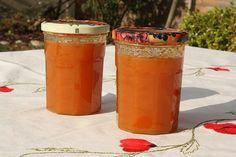 !Confiture d'abricot au thermomix 500 gr d'abricots donnent 2 pots et demi. Cuisson 18 mn varoma vitesse 1 ou 2 !