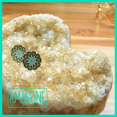 Estos aretes #Amarone son recomendados cuando usas collares o el cabello recogido, un complemento para tu estilo