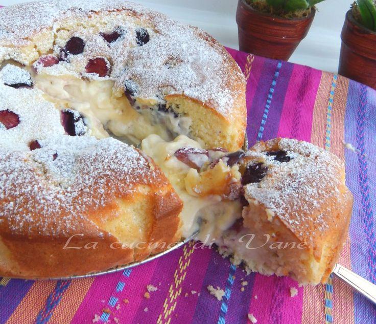 torta soffice con ciliegie e crema di ricotta, ricetta per torta golosa morbidissima con cuore cremoso e ciliegie , dolci con ciliegie, dolci con ricotta