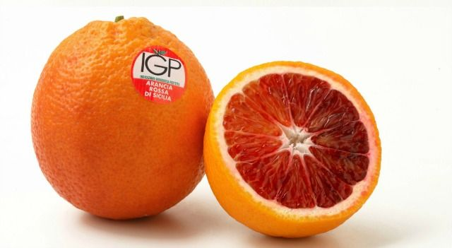 The Tarocco is the most popular table orange in Italy and is the sweetest and most flavorful of the three types of Sicilian blood oranges.