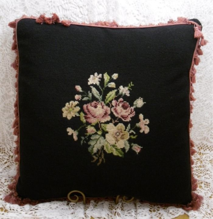 Victorian Tapestry Pillows : 84 best images about Pillows on Pinterest Shabby, Damasks and Shabby chic