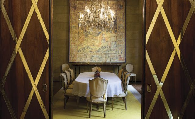 Villa Necchi Campiglio, Milano - architect Piero Portaluppi , interior by tomaso buzzi  One of my favorite houses - featured in Io Sono l'Amore!