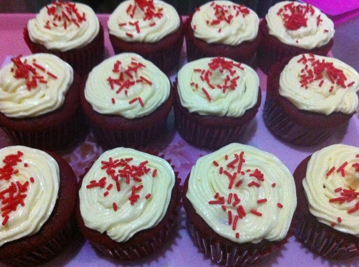 Red velvet cupcakes: Red Velvet Cupcakes, Cupcakes Rosa-Choqu