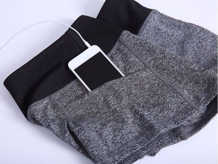 Stay in style and comfortable while on the move. This features elastic waist, twin side pockets and smooth to wear. Crafted from microfiber, cotton and polyester material. This is perfect for workout
