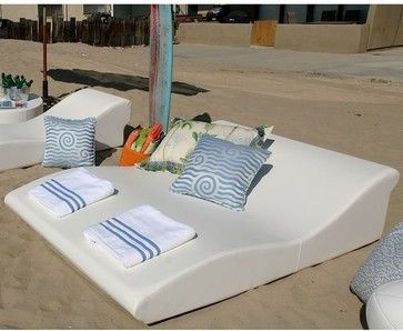 Modern outdoor chaise lounge chair - outdoor chaise lounges - la-Fete Design