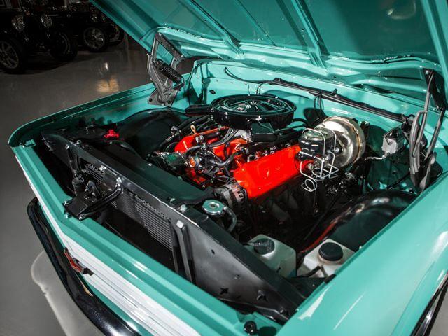 This 1967 Chevy C10 Has a Corvette V8