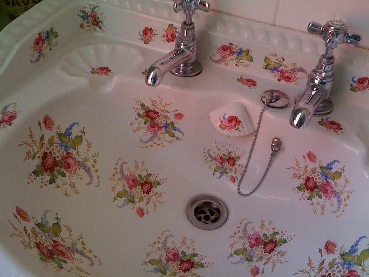 Pretty floral sink.