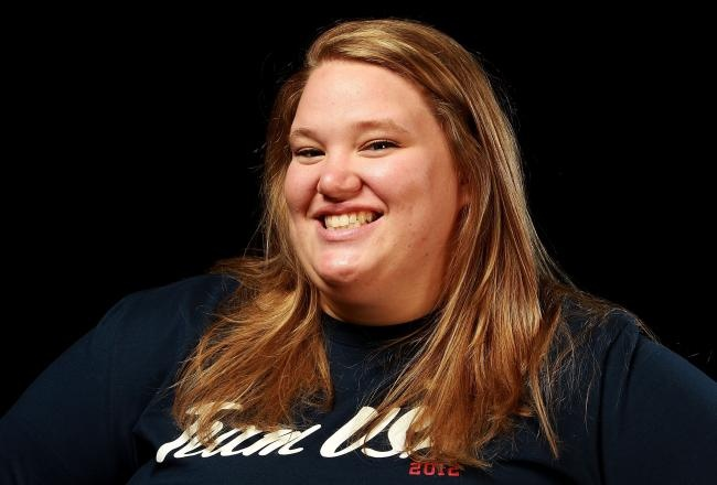 Go Holley Mangold