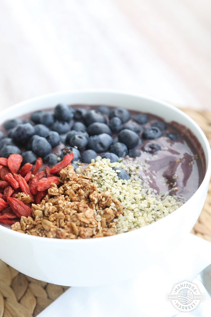 This Purple Power Smoothie Bowl is the perfect breakfast to get you through a busy Monday! It's packed with antioxidant rich acai berries and blueberries and HempPro 70 Original, which gives you 20g of protein per 30g serving. After this smoothie bowl you'll feel like super woman and be able to tackle whatever the day may bring! Get the full recipe by downloading our FREE Back to School Smoothie Bowls eBook!