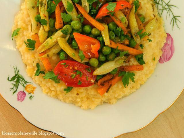 Millet and Red Lentil Kitchari & Ayurvedic Summer Vegetable Sauté   Legume la Tigaie şi Kitchari de Mei #lentils #kitchari #ayurvedic #millet #seasonal #vegetarian #vegan