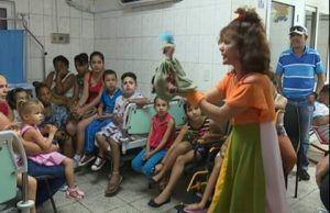Reciben infantes de la sala de Oncohematología donativo de los trabajadores petroleros