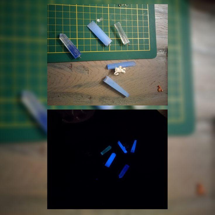 Glow in the Dark Hangers probeersels