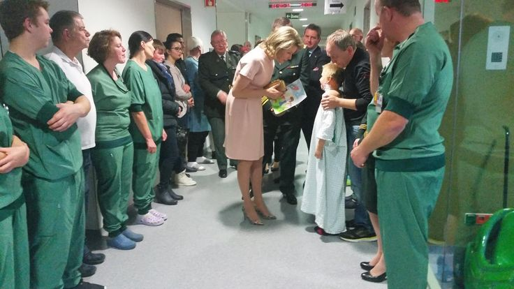 The Belgian Royal Courts: Queen Mathilde visits Queen Astrid Military Hospital