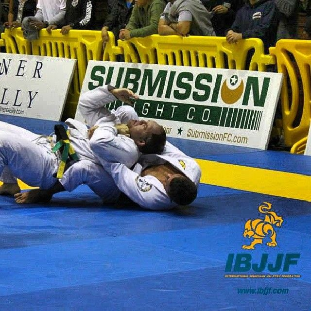 My description on how to score Points and Advantages in BJJ