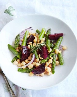 This warm beetroot, asparagus and chickpea salad is packed with superfoods. Click through for recipe.