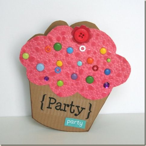 Birthday Card Tutorial: Looks so good, you can almost taste it! This cupcake shaped birthday card could also be used as a Party Invitation {see template!}