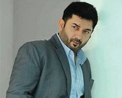 arvind swamy in bhaskar the rascal remake
