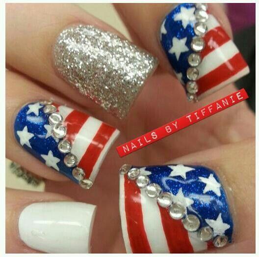 Más de 50 Uñas decoradas del 4 de Julio, día de la independencia de EEUU – 4th of july nail art   Decoración de Uñas - Manicura y Nail Art