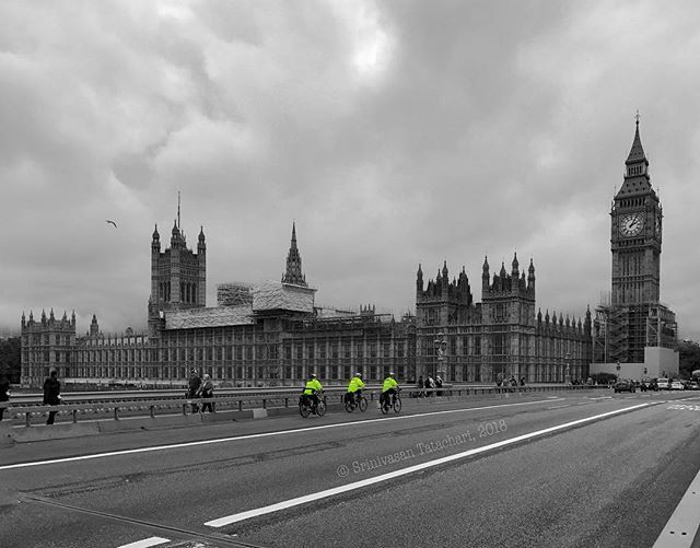 Tri. Cyclists.  #shotoniphone #bigben #westminster #cycle #streets #colorsplash