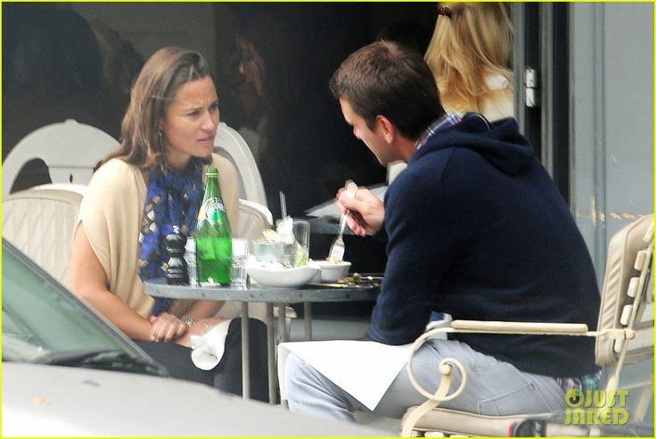 Pippa Middleton Goes for a Friendly Lunch with Ex Alex Loudon | pippa middleton goes for a friendly lunch with ex alex loudon 08 - Photo