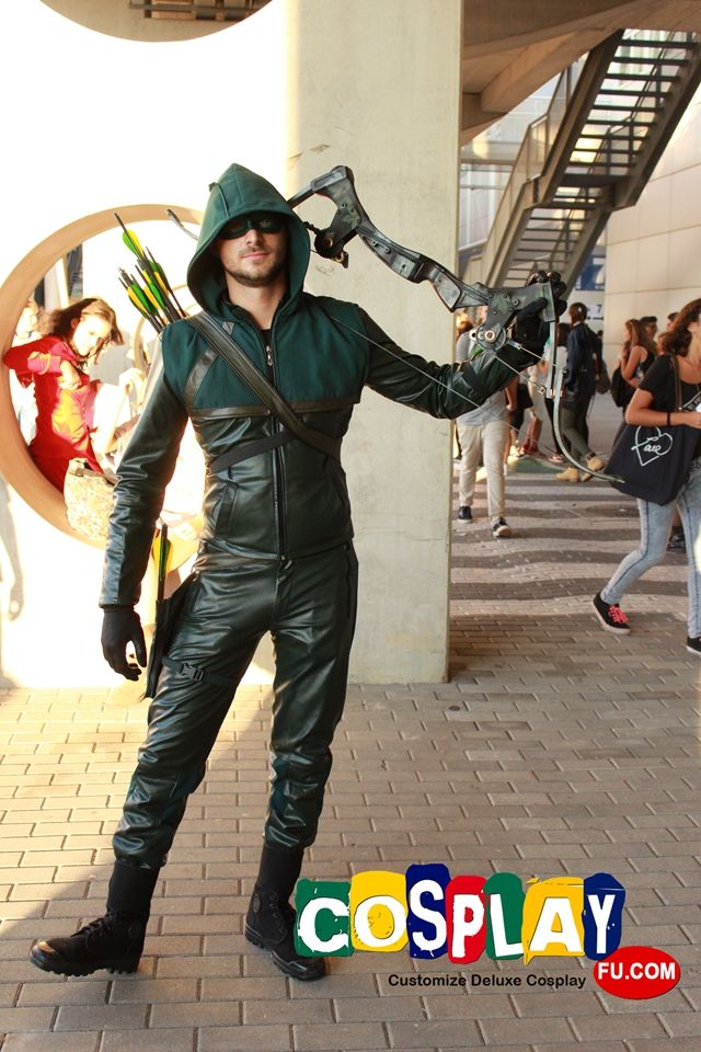 Green Arrow Cosplay from Arrow in Romics 2014 IT