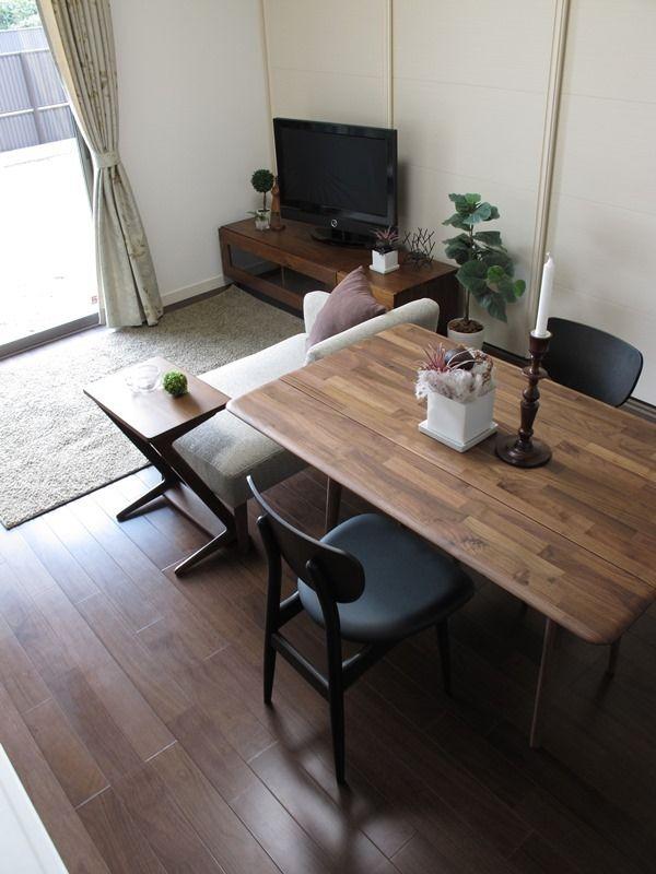 2世帯住宅にコーディネート10畳のLDKに家具を提案