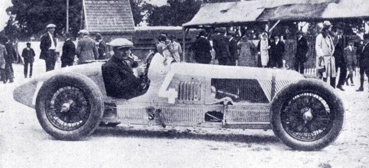 Albert Divo, 1927, in an original Talbot Darracq T700