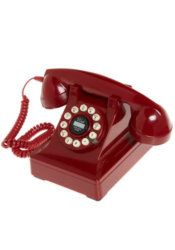 Working phone in a vintage style and a bright color. Everything I love.