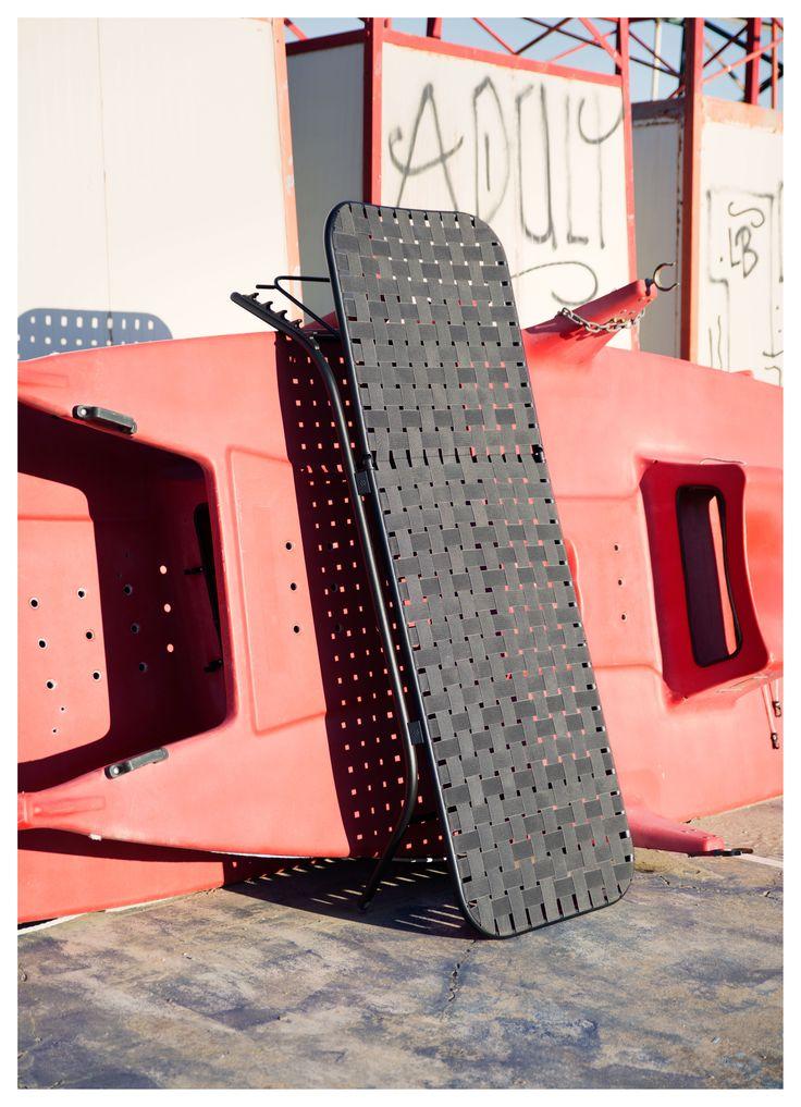yard for emu by stefan diez sun bed image by robert fischer. Black Bedroom Furniture Sets. Home Design Ideas