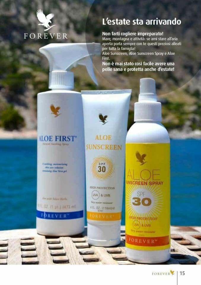 Sun screen cream or spray crema solare o in spray e aloe spray lenitivo