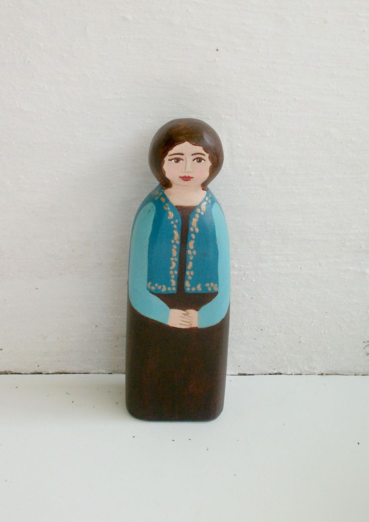 Female figure modern Turquoise wear