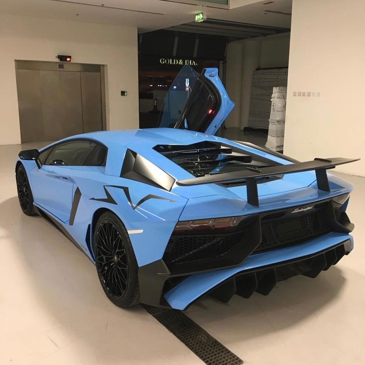 Lamborghini Aventador Super Veloce Coupe painted in Blu Cepheus  Photo taken by: @rchoudry on Instagram