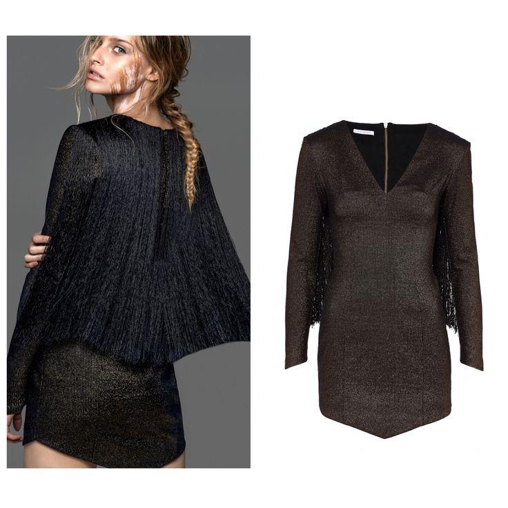 Czarno złota sukienka Thecadess teraz jest dostępna również w sklepie online thecadess.com  http://thecadess.com/kategoria/sukienki/sukienka-z-peleryna-z-fredzli @radekrocinski @piotrsalata