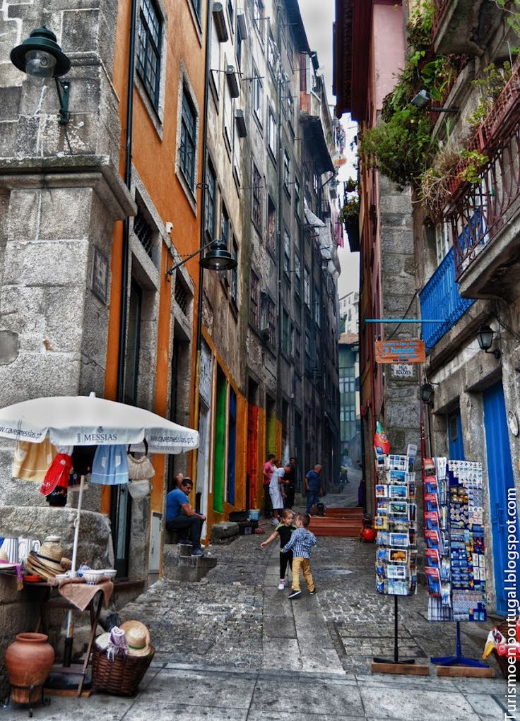 Rua dos Mercadores, Porto, Portugal