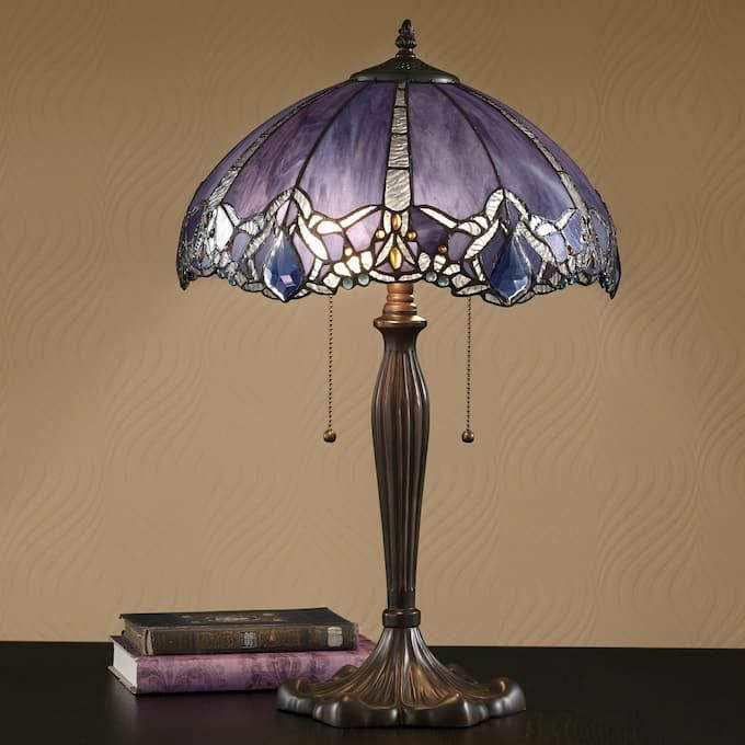 Have A Look At This Magnificent Vintage Lamps What An Ingenious Style Vintagelamps In 2020 Tiffany Style Lamp Stained Glass Lamp Shades Beautiful Lamp