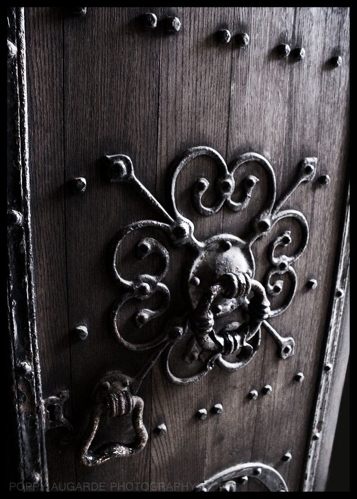 1000 images about church doors on pinterest the church santiago de compostela and the doors - Gothic door knockers ...