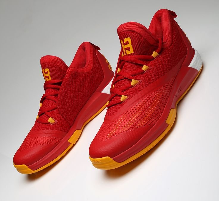 "James Harden's ""Clutch City"" adidas Crazylight Boost 2.5 ..."