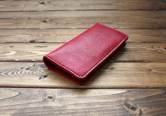 RED iPhone Wallet in Italian Vegetable Tanned Leather (Free Personalization) Hand Stitched >> Super sturdy Wallet