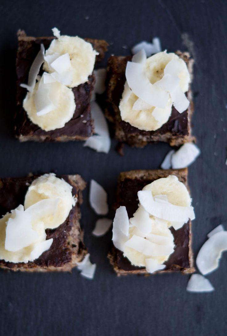 Sund banankage. Fyldt med lækre og sunde ting, så den kan spises med god samvittighed. Laktosefri og glutenfri.